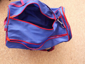 Brand New Small Lightweight Duffle Bag London Ontario image 2