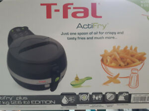 T-FAL ACTIFRY BRAND NEW IN UNOPENED BOX LARGE 1.2KG REMOV.TIMER