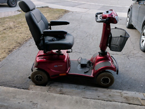 Invacare auriga 10 scooter