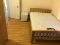 SPACIOUS Room 15 mins* from Willesden Green Underground Station