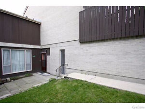 Beautiful Fully Renovated 3 BR Condo For Sale Walking to  U Of M