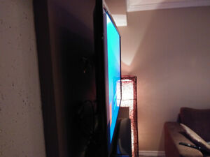 43 inches LED Samsung TV