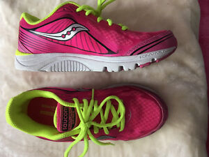 Size 4 Saucony girls shoes
