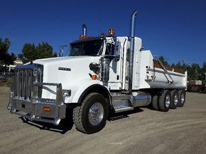2016 Kenworth T800 Tri drive Gravel Truck