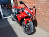 2015 (15) Triumph Daytona 675 ABS 2015 *Arrow can and Quickshifter*