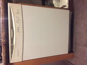 """Frigidaire 24"""" wide x 25"""" depth White Dishwasher"""