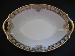 ANTIQUE NIPPON SMALL OVAL DISH