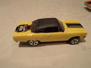 2 Hot Wheels 1970 Plymouth Road Runner Loose 1:64 scale diecast Sarnia Sarnia Area image 3