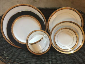 Noritake-Porcelain Gold Plated Set of Dishes