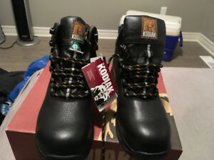 BRAND NEW KODIAC SAFETY BOOTS SIZE 10