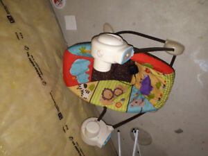 Powered baby rocker (Bouncer/Swing Chair) - Free to good home