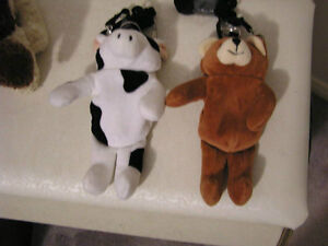 Cell Phone Covers / key chain cow, bear London Ontario image 1