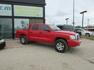 2005 Dodge Dakota quad cab SLT Pickup Truck