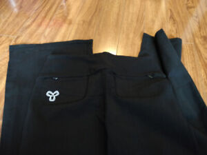 TNA yoga pants size M