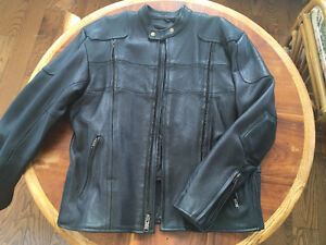 NEVER WORN! HEAVY DUTY LEATHER JACKET BIKER STYLE