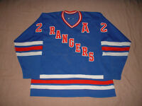 Chandails (jerseys) de hockey 5$ à 250$