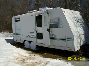 """2000 Shasta Ultra Flite 22 ft. (Immaculate)... """"REDUCED"""""""