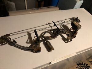 Hoyt Compound Hunting Bow