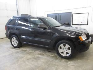 2009 Jeep Grand Cherokee Laredo 4x4