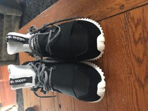 Mens Adidas Tubular Doom Black Shoes size 10