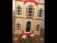 Large monster high, barbie, bratz doll size house