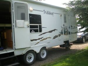 25' Wildcat trailer with slide