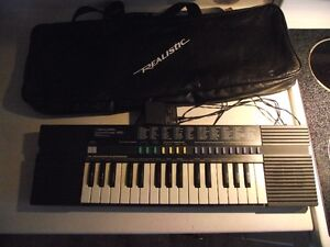 Realistic Concertmate 450 with 100 sounds and case for sale