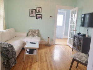 Updated 2 bed 2 bath + Den Character Home Available July 1