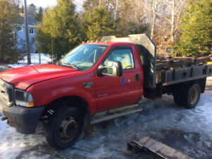 2004 Ford F450 Superduty truck