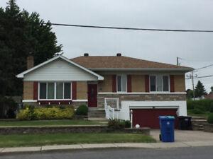 Maison a louer La Prairie House for rent (Secteur Christ Roi)