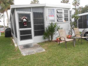 Roulotte de Parc fixe en Floride