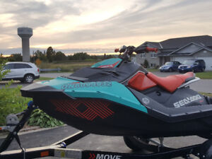 2017 Seadoo Spark Trixx 2-UP (Trailer+Cover included)