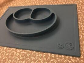 EZ PZ Happy Mat Blue - plate & placemat