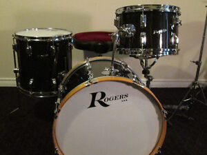 Vintage Rogers Maple 4pc. Drum Kit .w.Rogers Snare.VGC.