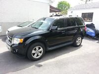 2009 Ford Escape limited  4WD** SEULEMENT 66000KM**