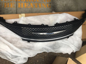 Chrysler Pacifica grill