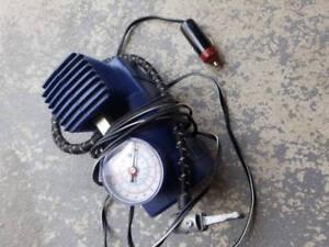 Air Compressor Tire Inflator Pump (new, pick up in milton)