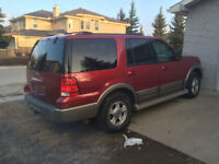 2004 Ford Expedition Eddie Bauer SUV, Crossover