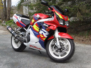 WANTED: CBR900RR