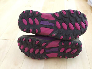 Girls Merrell shoes for fall/spring size 3.5 Kitchener / Waterloo Kitchener Area image 6