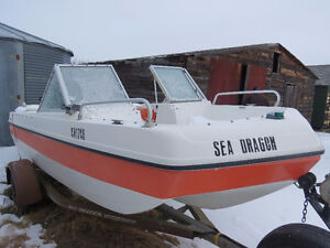 Vanguard Tri-Hull Open-Bow Boat with 90 HP Motor