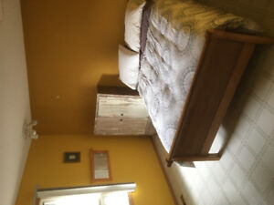 Room for rent in nice house on the bluff