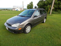 2005 Ford Focus ZXW/4 Cyl Gas Saver/2016 MVI Low Kms