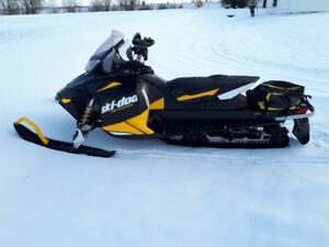 2012 Skidoo Back Country ready to ride