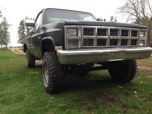 1981 lifted GMC Sierra classic