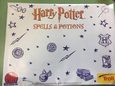Harry Potter Chamber Of Secrets  Spells And Potions Activity Kit  Optics