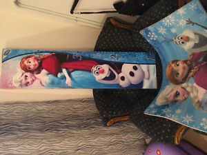 Frozen room decor Stratford Kitchener Area image 1