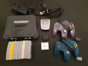 Nintendo 64 Bundle with 8 games and 2 controllers | Video
