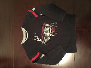 Boys sz 6 sweater