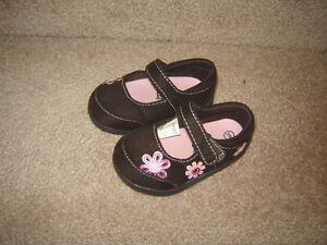 Baby, Toddler Girls Shoes and Boots - sizes 2, 3, 4, 5, 6, 8 Strathcona County Edmonton Area image 4